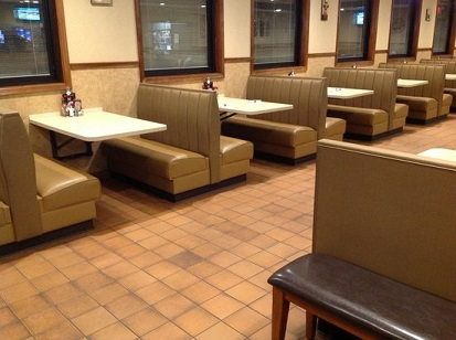 large-booths-wide-aisles.jpg